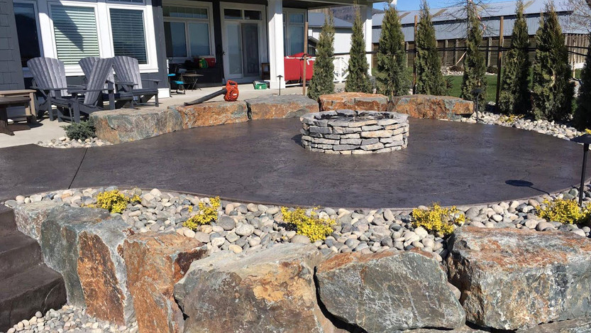 colored-concrete-patio.jpg