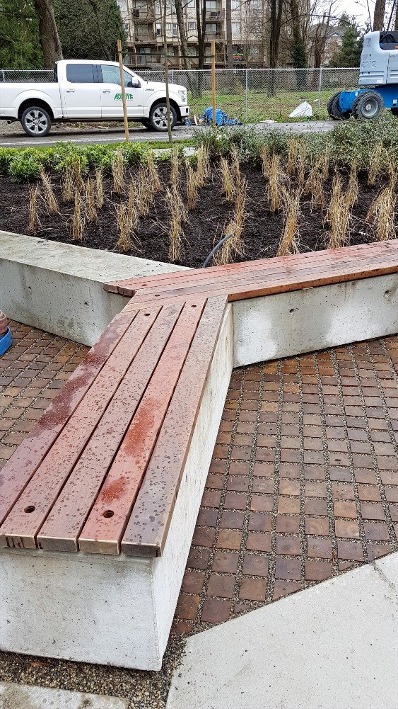 concrete-benches-04-18074_edited.jpg