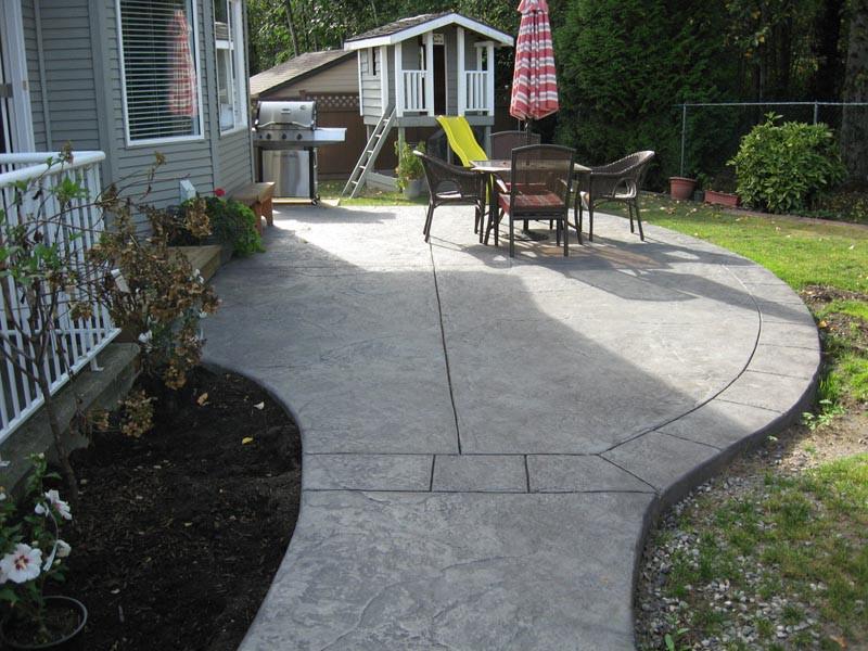 Concrete patio and walkway.jpg