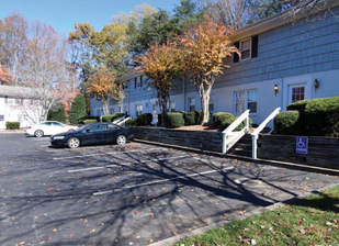 Chapel Hill group buys Triad apartment complex for $1.26M