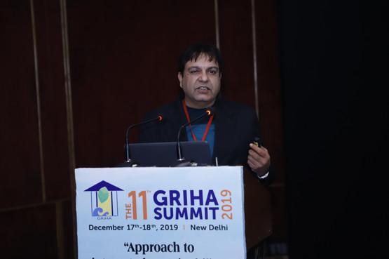 Vineet Mohan - Speaker