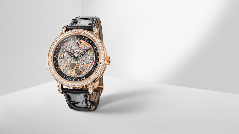 Ref.5304/301R-001三問萬年曆腕錶 by PATEK PHILILPPE。