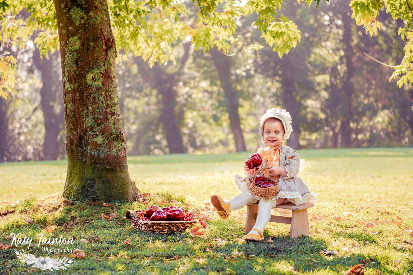 Penelope Apples-6.jpg