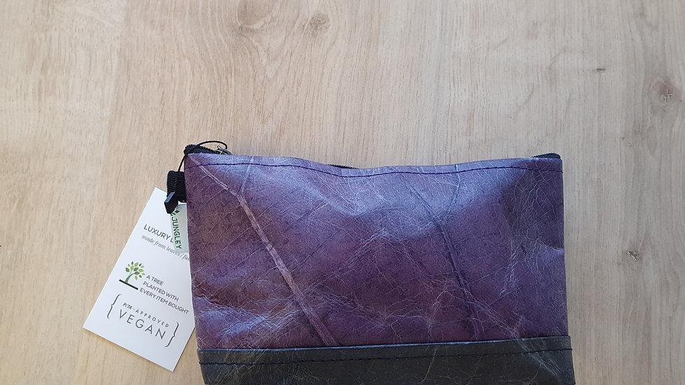 Leaf Leather Wash Bag