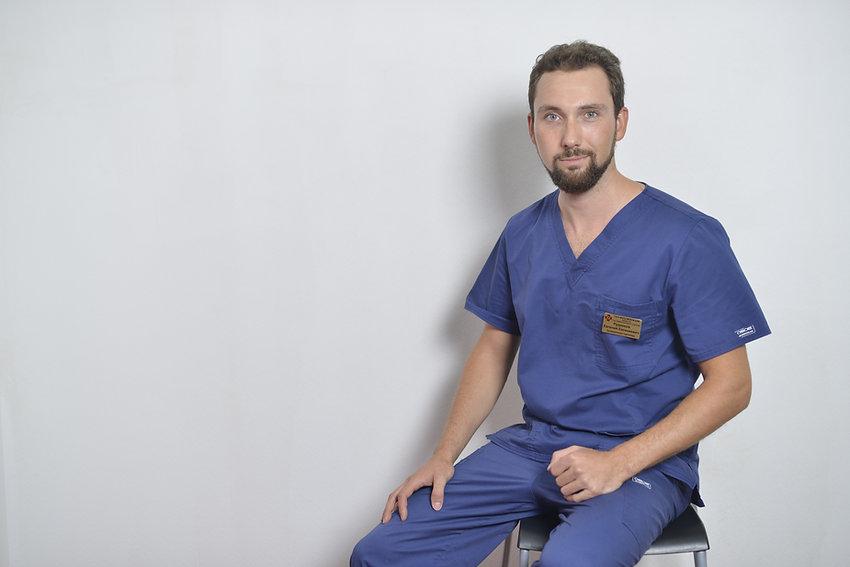 рудников евгений евгеньевич травматолог ортопед спортивная травма артроскопия коленного плечевого сстава голеностоп операция артроз