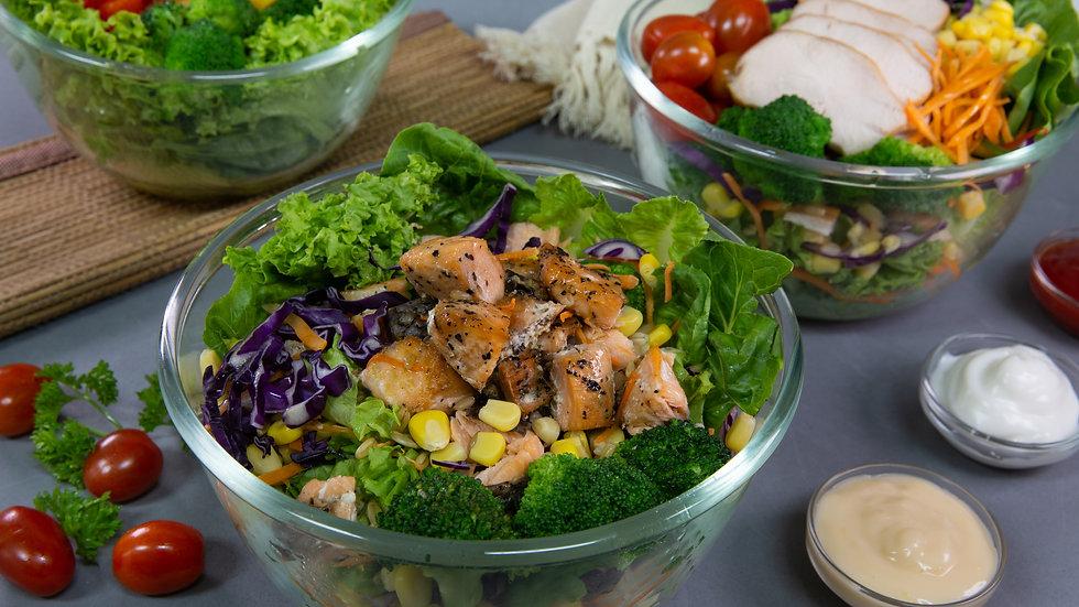 Long Banner Salad Lifestyle.jpg