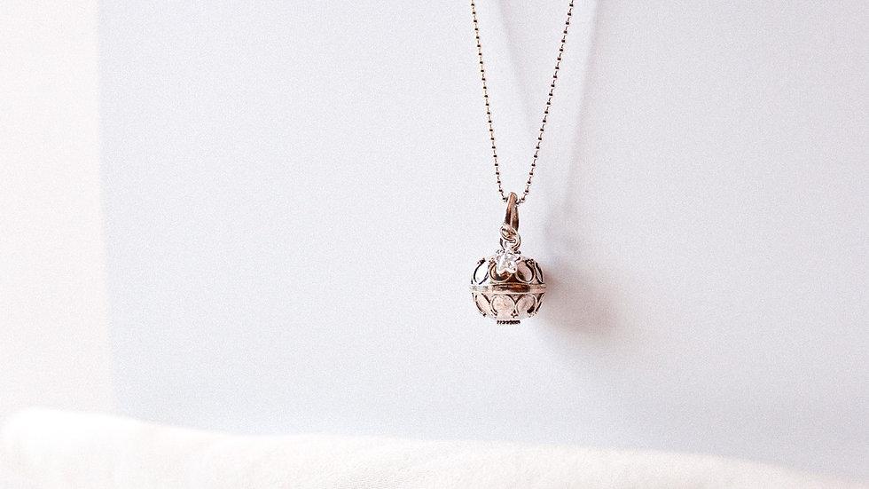 Llamador de ángeles con Estrella de cristal colgante.