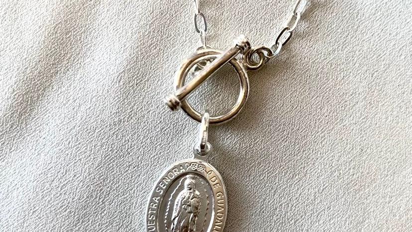 Cadena con Virgen de Guadalupe y eslabón