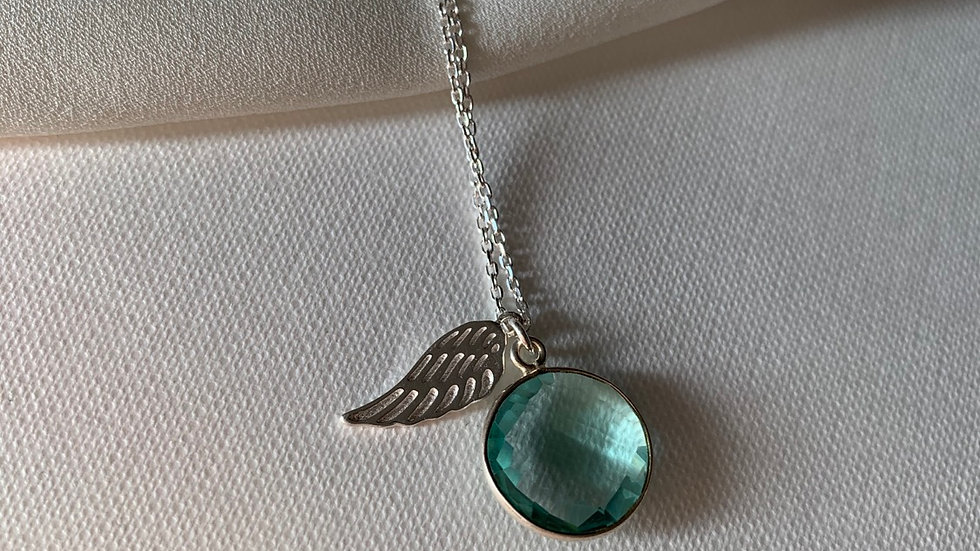 Cadena ángel de la guarda con piedra calcedonia