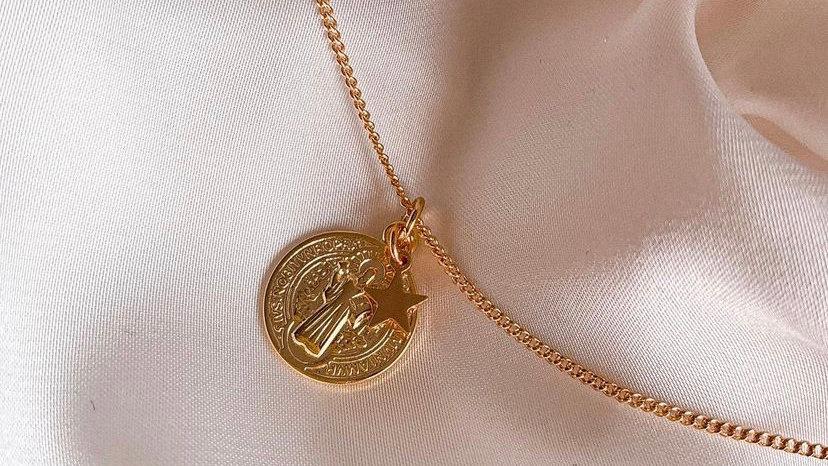 San Benito protector gold
