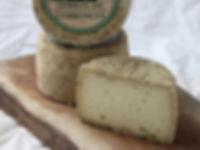 Serrat de Corroncui, Formatgeria Mas d'Eroles, formatge ovella