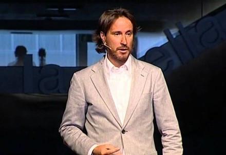 Victor Küppers: El efecto bombilla: La importancia de la actitud.