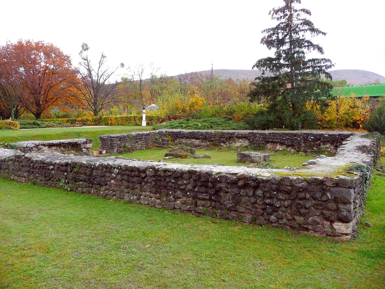 Római őrtorony romjai