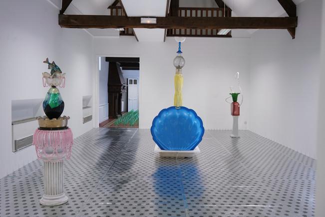 Exposition «Tuileries» / salles des fontaines «Les Divines» / à l'Académie (le SHED), à Maromme, septembre 2019 © Marc Domage