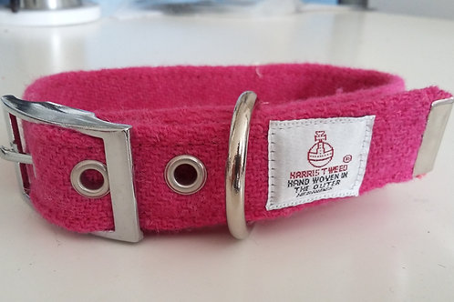 The Bubblegum Pink tweed collar and lead set
