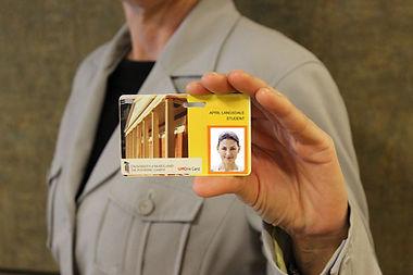 cardholder900-1-orig_orig.jpg
