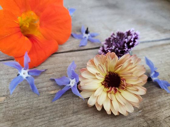 Edible flower mixture