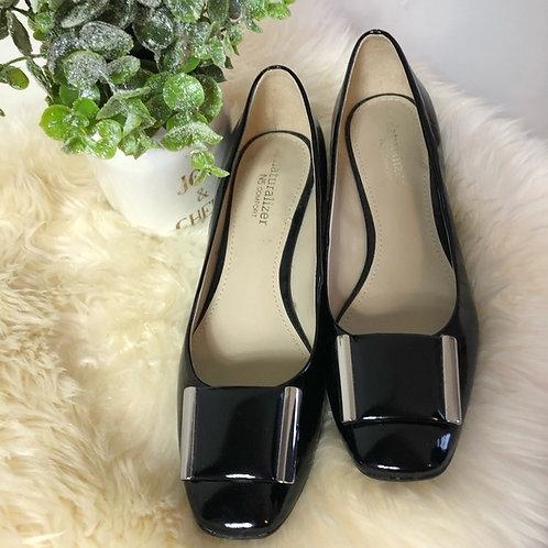 Naturalizer black shoes