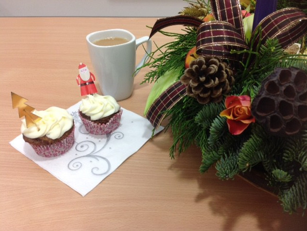 webite-tea-and-wreath.jpg