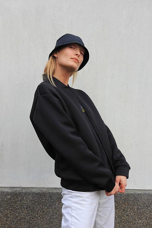 das Schwarz jacket