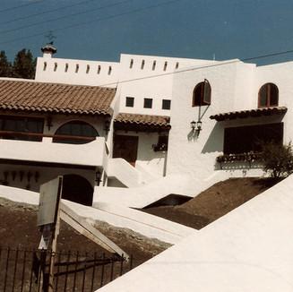 Casa Caceres, 1985
