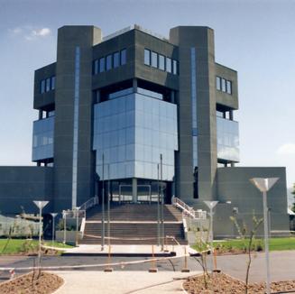 Edificio Corporativo MTS 1999