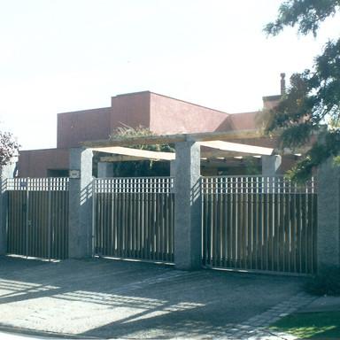 Casa Malcom, 1990