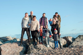 Large family photo fun on beach