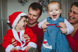 Christmasy family shoot with Safa, Thomas, Eliyas and Sofiya