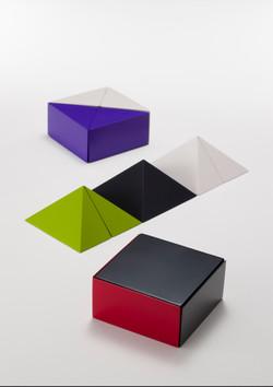「ますのび」四角錐の体積説明器