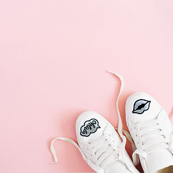 white Sneaker witch reflective.jpg