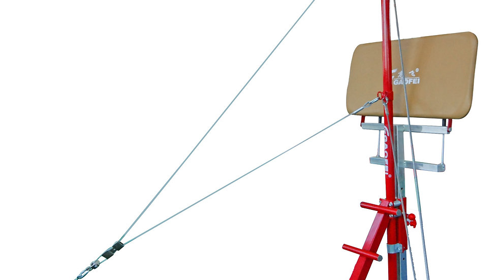 Height adjustable spotting platform for horizontal bar