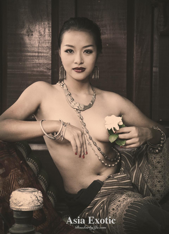 Playboy japanese nude models