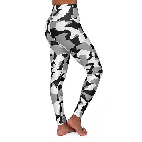 BLACK WHITE GRAY ARCTIC SPLINTER CAMO High Waisted Yoga Leggings