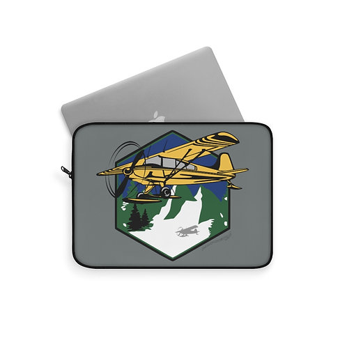 MOUNTAIN FLYING Laptop Sleeve