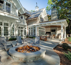 Outdoor-Kitchen-Design-For-Lake-House-Design-Plans-With-Round-Stone-Fire-Pit-Ideas