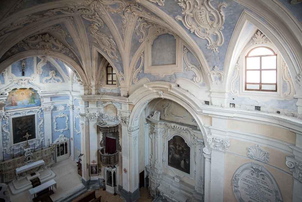 Interno Chiesa Santa Teresa