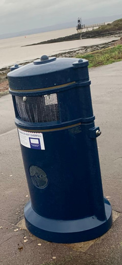 Seagull Flap bins