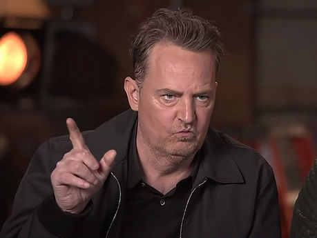 """Matthew Perry comes off """"Cameo"""" after slurring his words"""