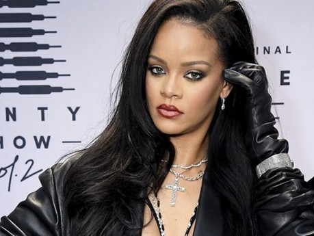 Rihanna apologises to Muslims for Islamic verse at Savage X Fenty show, has she been forgiven?
