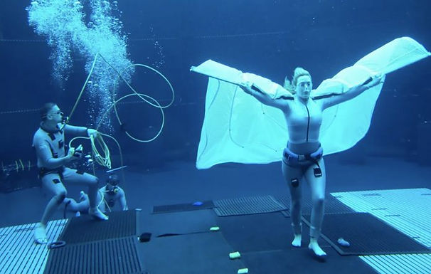 Kate Winslet Beats Tom Cruise's Underwater Filming Record