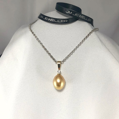 Golden South Sea Pearl and Diamond Pendent