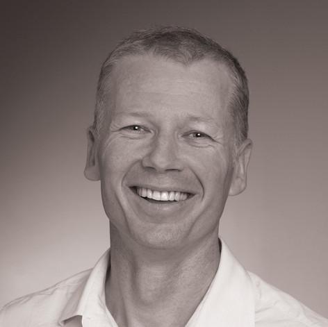A/Professor Christopher Gordon