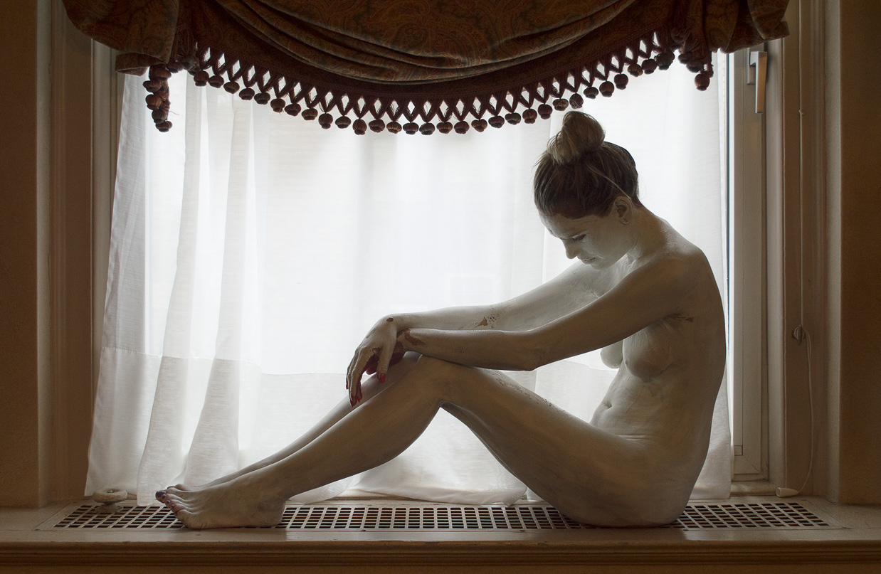 Bodypaintography: 'Windowsill.'
