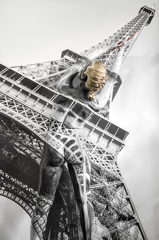 Bodypaintography: 'Eiffel Tower'