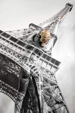 Bodypaintography: 'Eiffel Tower'