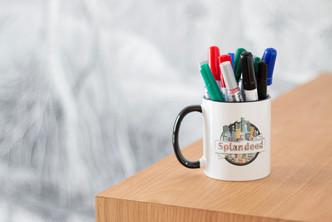 Bureaux aménagés comme à la maison chez DecoWorkers et Splandeed à Senlis, décorés par Coralie Vasseur, agence Carnets Libellule - mug Splandeed