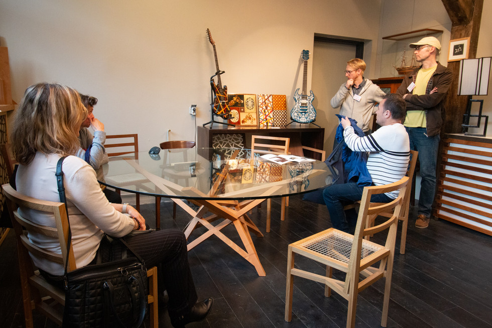 Afterwork DecoWorkers au 37 bis à Paris avec la visite des ateliers d'art et d'artisanat. Avec l'Atelier Lacroix Marrec