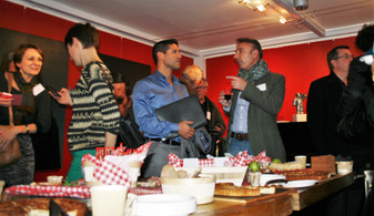 50-_Afterwork_DécoWorkers_12_nov_2015_Les_Frigos_Networking_&_fooding.JPG