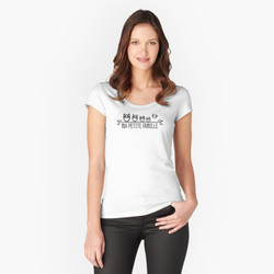 work-74809588-t-shirt-échancré (1)